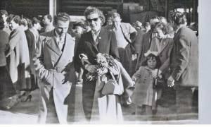 Εξήντα χρόνια από τότε που έφτασαν οι 900 Ελληνίδες νύφες στην Αυστραλία!