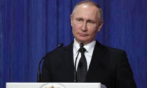 Путин: Росгвардия должна использовать свой потенциал для защиты национальных интересов РФ