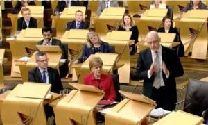 Εγκρίθηκε το δημοψήφισμα για ανεξαρτητοποίηση της Σκωτίας