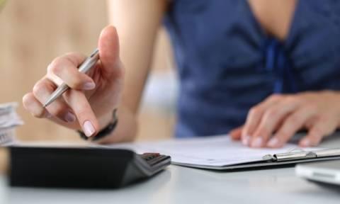 ΕΦΚΑ: Οι εισφορές με «μπλοκάκι» σε ένα ή δύο εργοδότες - Πώς επιμερίζονται