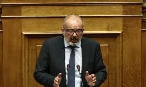 Οριστικά στη Δημοκρατική Συμπαράταξη ο Μπαργιώτας - Έξαλλος ο Θεοδωράκης