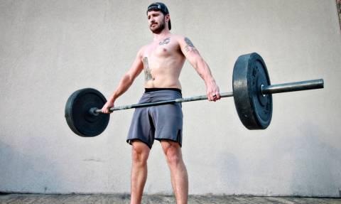 Επτά ασκήσεις με μπάρα για να χάσεις τα περιττά κιλά