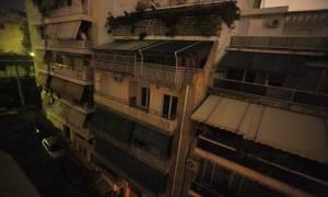 Reuters: Οι Έλληνες ζουν στο σκοτάδι - Δεν έχουν λεφτά ούτε για το ηλεκτρικό ρεύμα