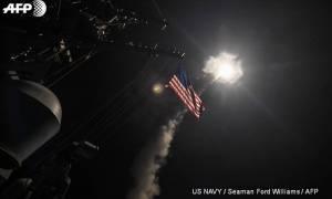Συγκλονιστικό βίντεο: Η στιγμή που οι Τόμαχοκ των ΗΠΑ ισοπεδώνουν την συριακή αεροπορική βάση