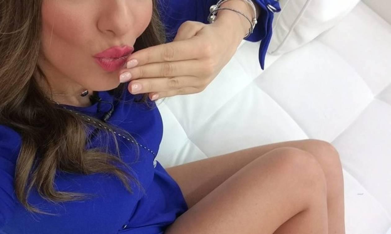 Ελληνίδα παρουσιάστρια μας… διέλυσε με την selfie της!