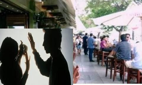 Απίστευτο!Έπινε καφέ σε  καφετέρια και της επιτέθηκε άντρας-Την έβριζε και την έσπασε στο ξύλο