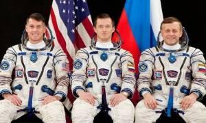 Επιστροφή στη Γη μετά από 173 ημέρες στο διάστημα (vids)