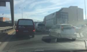 Χάος ΤΩΡΑ στους δρόμους της Αθήνας - Πού παρατηρείται αυξημένη κίνηση (pics)