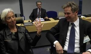 ΔΝΤ: Σπέρνουν λιτότητα και φτώχεια, θερίζουν χρυσούς μισθούς και προνόμια