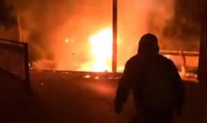 Πάσχα 2017 - Λήμνος: Κοκκίνισε ο oυρανός από τα βεγγαλικά και τα πυροτεχνήματα! (vid)