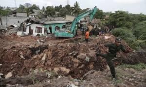 Τραγωδία στη Σρι Λάνκα: Εξανεμίζονται οι ελπίδες για επιζώντες - Χάθηκε στα σκουπίδια παραγκούπολη