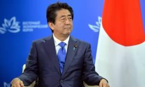 Ιαπωνία: Ο Άμπε καλεί τη Βόρεια Κορέα να αποφύγει νέες προκλητικές ενέργειες