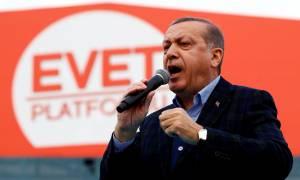 Δημοψήφισμα Τουρκία: Η πύρρειος νίκη Ερντογάν κι η επόμενη ημέρα του... γυμνού Σουλτάνου
