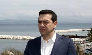 Πάσχα 2017: Σε ποιον έταξε ο Τσίπρας τιμητική άδεια και γιατί (pics+vid)
