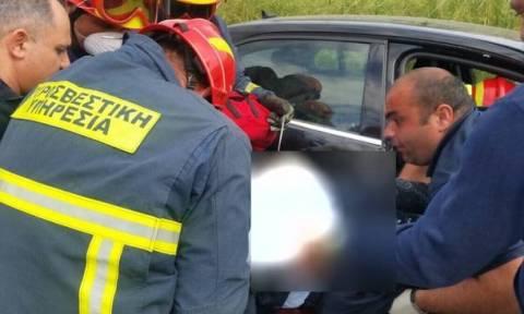 Ο απεγκλωβισμός της 47χρονης που συγκρούστηκε με μεθυσμένο στη Λάρνακα-Σοβαρά στο Νοσοκομείο