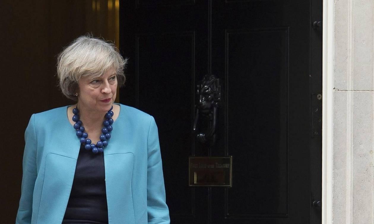 Βρετανία: Πρόωρες εκλογές στις 8 Ιουνίου ανακοίνωσε η Τερέζα Μέι