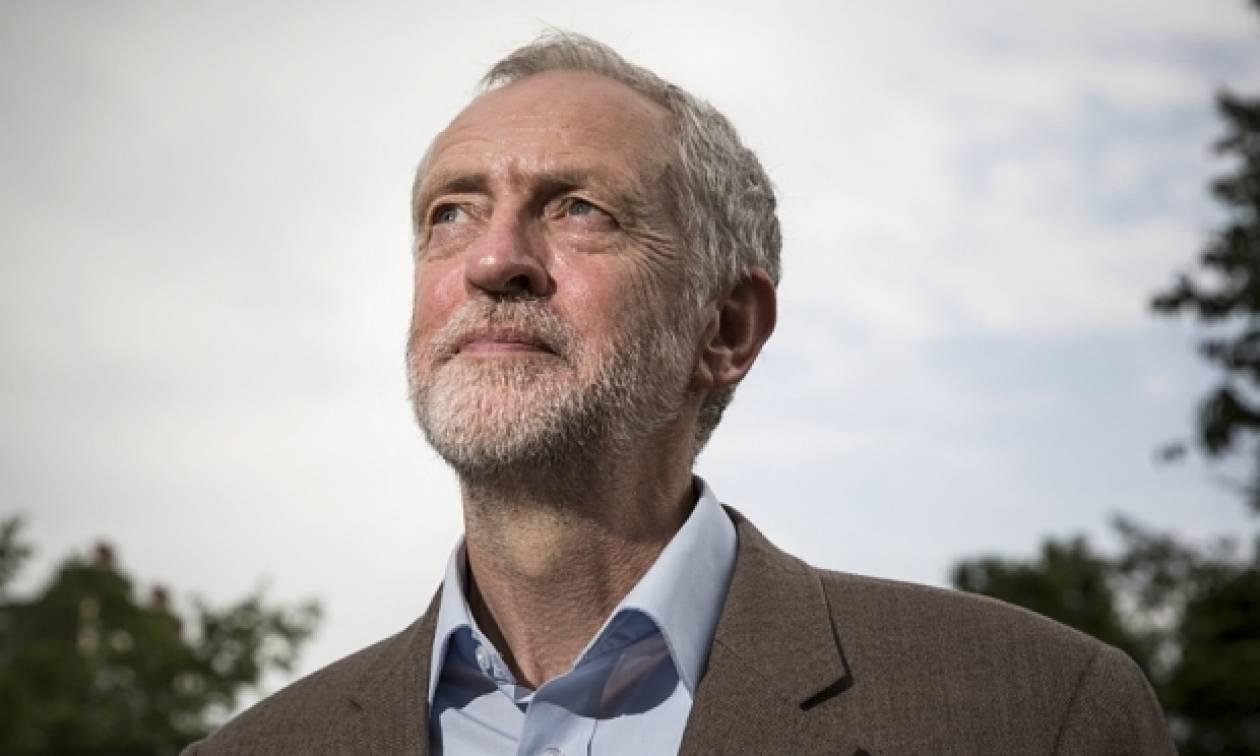 Βρετανία: «Ναι» στις πρόωρες εκλογές και από τον Τζέρεμι Κόρμπιν