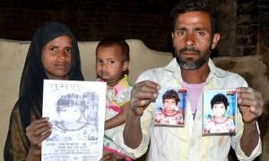 Ινδία: Βρέθηκαν οι γονείς του κοριτσιού «Μόγλης» (pics)