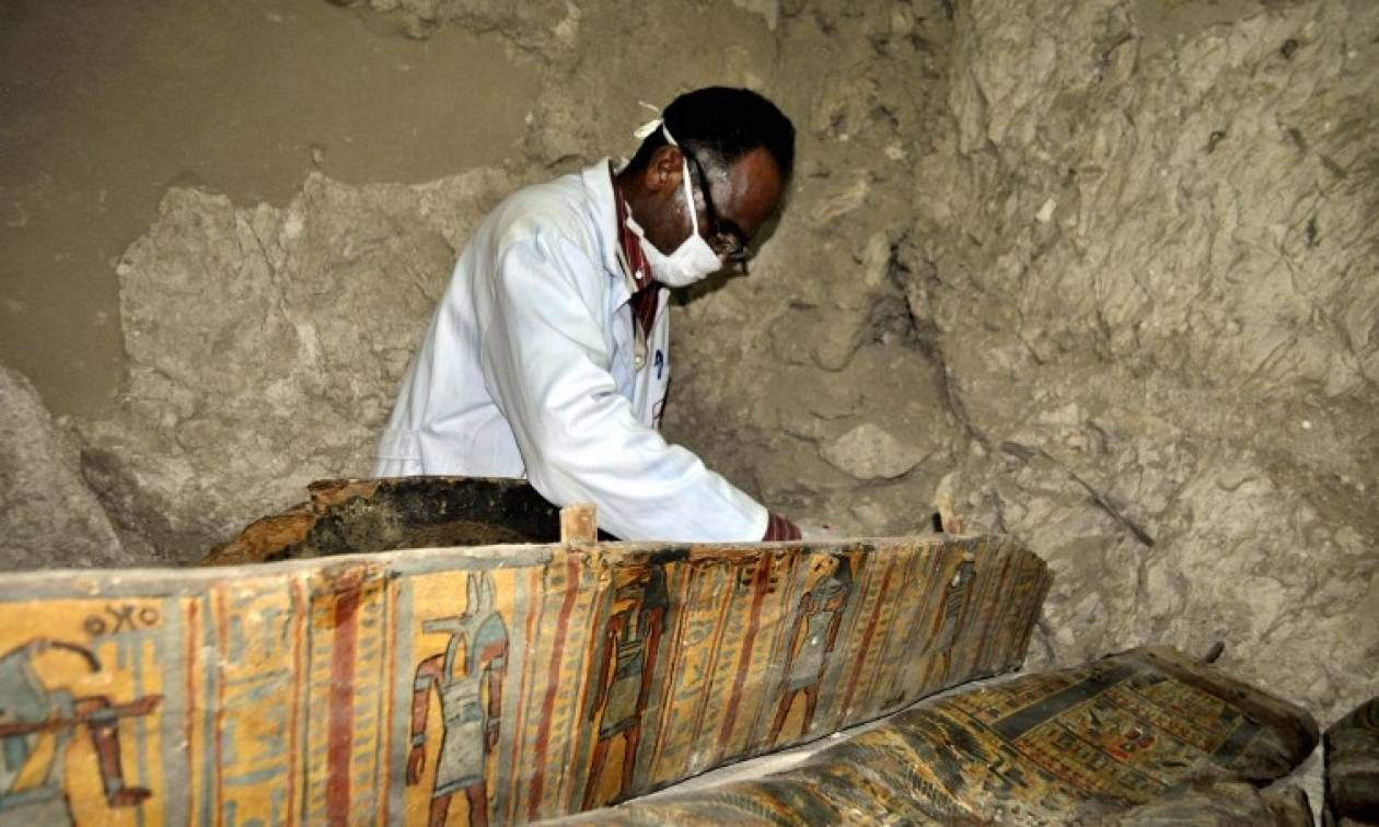 Μεγάλη ανακάλυψη στην Αίγυπτο - Στο «φως» έξι μούμιες (photos)