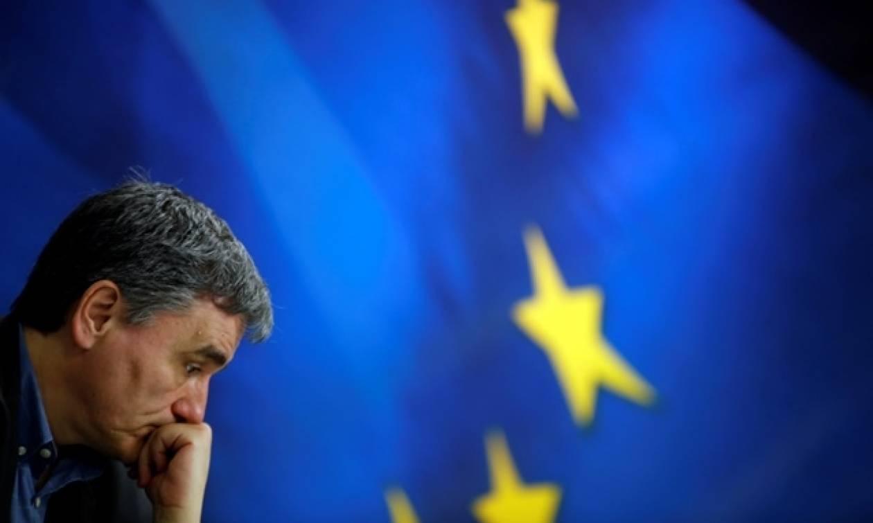 Ποιοι πουλάνε και ποιοι αγοράζουν στο ελληνικό χρέος