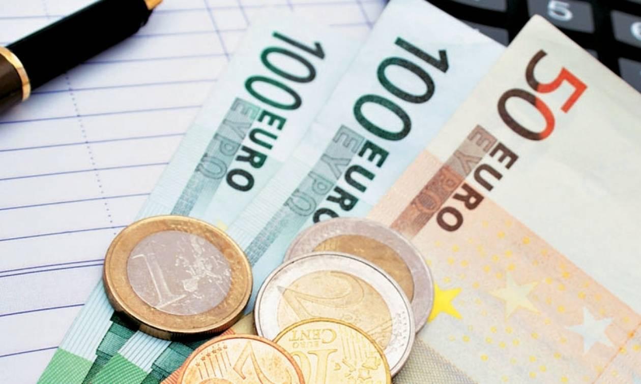 Συντάξεις Μαΐου 2017: Μπαίνουν σε λίγες ημέρες τα χρήματα στην τράπεζα - Δείτε αναλυτικά ανά Ταμείο