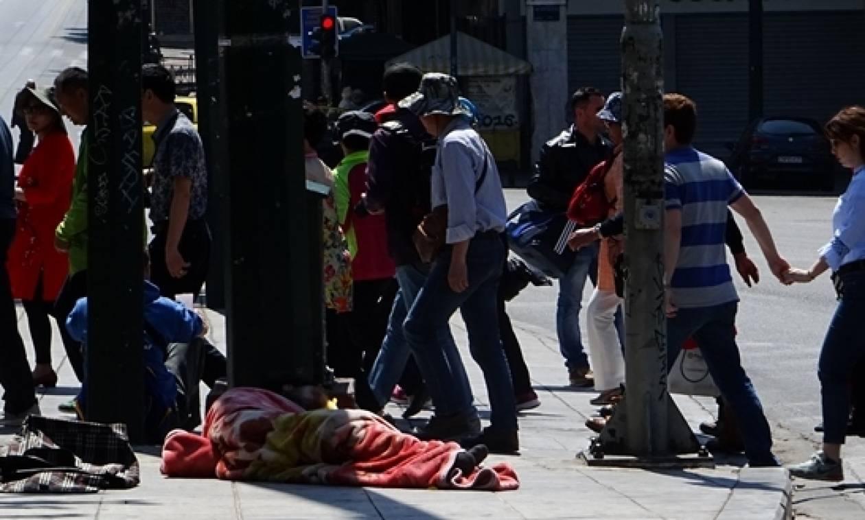 Στα τάρταρα οι εισοδηματικές και οικονομικές προσδοκίες των Ελλήνων