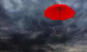 Ο καιρός τρελάθηκε: Επιστρέφουν τα χιόνια – Πού και πότε θα εκδηλωθούν καταιγίδες