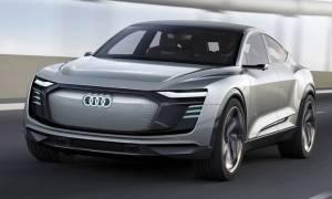 Το φουλ ηλεκτρικό Audi e-tron Sportback των 500 ίππων θα πωλείται κανονικά σε 2 χρόνια