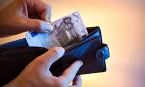 Κοινωνικό Εισόδημα Αλληλεγγύης (ΚΕΑ): Επίσημο – Πότε θα μπουν τα χρήματα στους λογαριασμούς