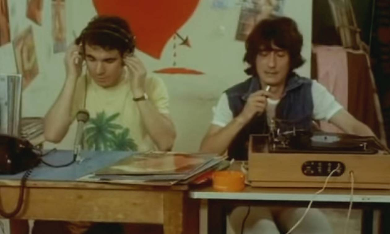 Στάθης Ψάλτης - Η επική ατάκα από την ταινία «Βασικά καλησπέρα σας» που έγραψε ιστορία (vid)
