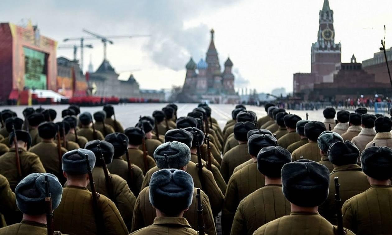 Ρωσία: Ο στρατός διαψεύδει ότι ενισχύει τις δυνάμεις του κοντά στα σύνορα με τη Β. Κορέα