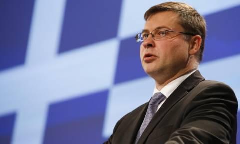 Ντομπρόβσκις: Η δεύτερη αξιολόγηση πρέπει να ολοκληρωθεί το συντομότερο δυνατό