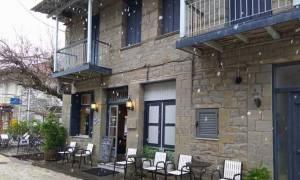 Χειμώνας ξανά στη Ναύπακτο: Έπεσαν χιόνια!
