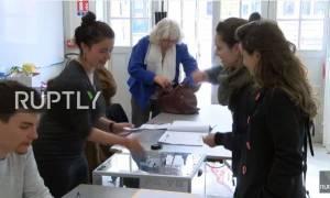 Προεδρικές Εκλογές Γαλλία: Δείτε LIVE εικόνα από εκλογικά τμήματα