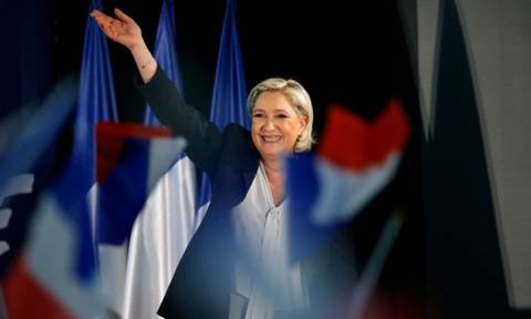 Αποτελέσματα γαλλικών εκλογών 2017 - Bloomberg: Νικήτρια είναι η Λεπέν