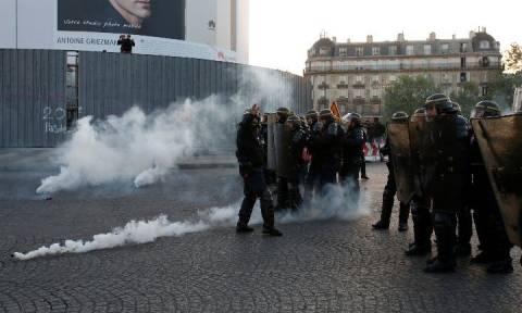 Εκλογές Γαλλία 2017 - Παρίσι: Συγκρούσεις μεταξύ διαδηλωτών και αστυνομίας
