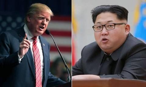 Μυρίζει μπαρούτι: Ασκήσεις με πραγματικά πυρά ο Κιμ - Πυρηνικό υποβρύχιο έστειλε ο Τραμπ (vid)