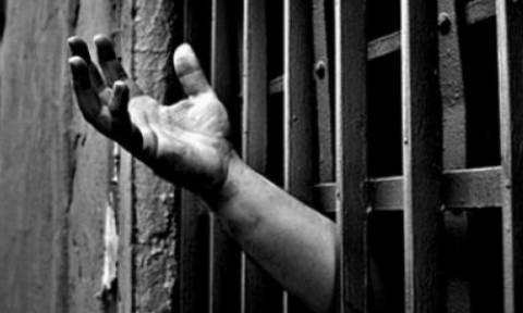 Ιταλία: Στην Τουρκία υπάρχουν άλλοι 174 δημοσιογράφοι μέσα στις φυλακές και κέντρα κράτησης