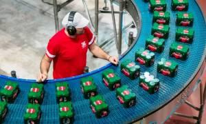 Τρεις και μία ερωτήσεις για τη νέα Coca-Cola που κυκλοφόρησε σε παγκόσμια πρεμιέρα στην Ελλάδα!