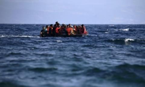 На Миконос прибыла лодка с мигрантами
