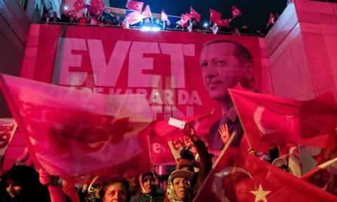 Τουρκία: Αυτά είναι τα τελικά αποτελέσματα του δημοψηφίσματος