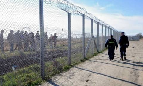 Η Ουγγαρία έστησε και δεύτερο φράχτη στα σύνορα με τη Σερβία