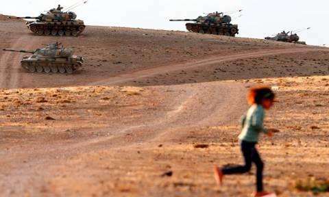 Συρία: Οι αμερικανικές δυνάμεις θα επιτηρούν τα σύνορα με την Τουρκία