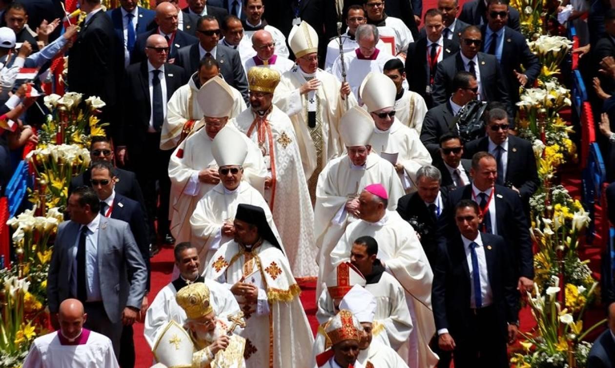 Στην Αίγυπτο ο πάπας Φραγκίσκος υπό δρακόντεια μέτρα ασφαλείας (pics+vid)
