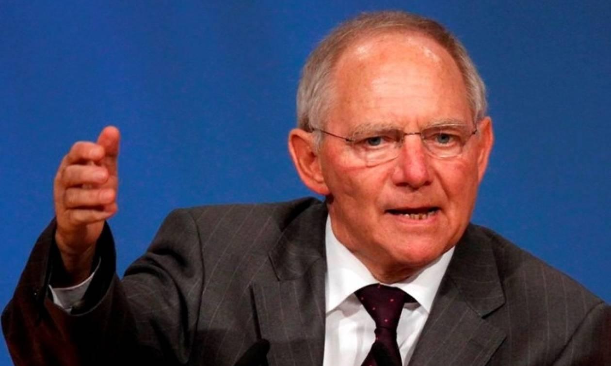 Die Welt: Σόιμπλε και Βερολίνο αναζητούν συμβιβασμό με το ΔΝΤ για την Ελλάδα