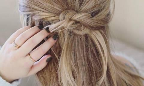 Half up: 3 εύκολοι και στυλάτοι τρόποι για να πιάσεις τα μαλλιά σου τη νέα εβδομάδα