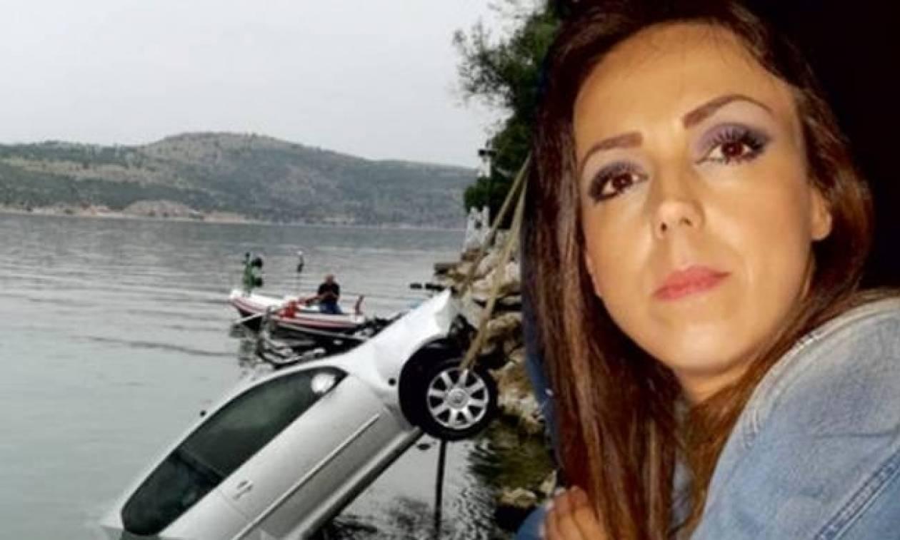 Μαρία Ιατρού: Ράγισαν καρδιές στην κηδεία της πολύτεκνης μητέρας (photos - video)
