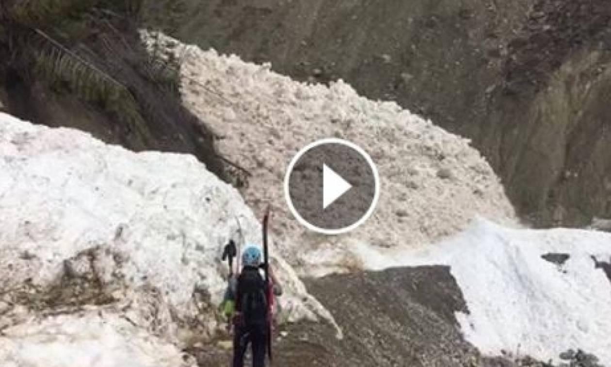 Θα πάθετε σοκ! Εχετε δει ποτέ... υγρή χιονοστιβάδα (video)