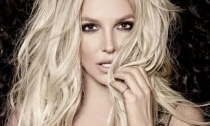 It's Britney b… each! Οι κοιλιακοί της Britney Spears είναι αυτό ακριβώς που πρέπει να δεις σήμερα