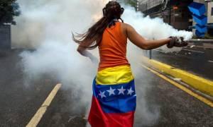 Βενεζουέλα: Σε νέες διαδηλώσεις κατά του «νέου Συντάγματος Μαδούρο» καλεί η αντιπολίτευση